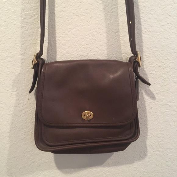 0e382001 Vintage Genuine dark brown leather coach bag